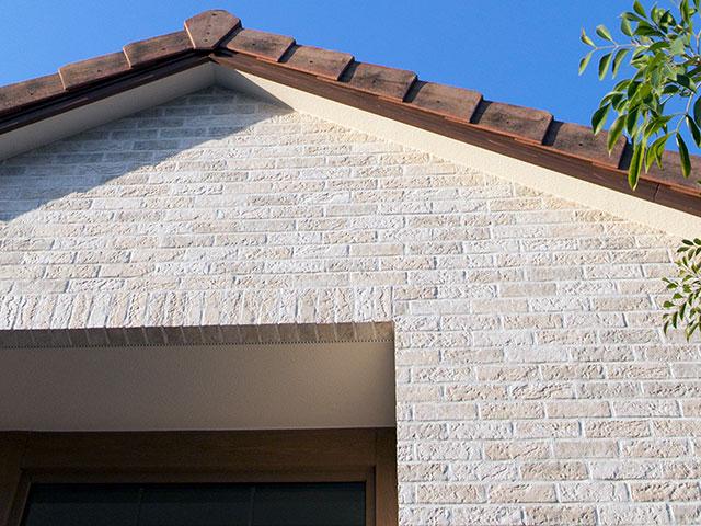 外壁の塗り替えは決定的な劣化の前に